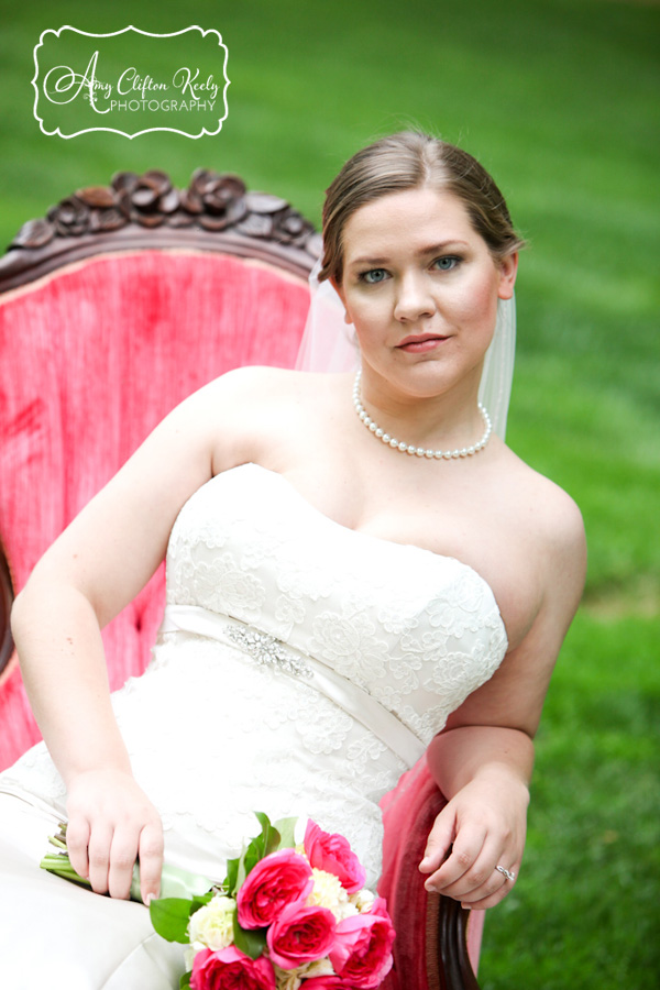Furman_Bridal_Portrait_Greenville_SC_Outdoors_Twigs_Bouquet_Gazebo_Amy_Clifton_Keely_Photography 14