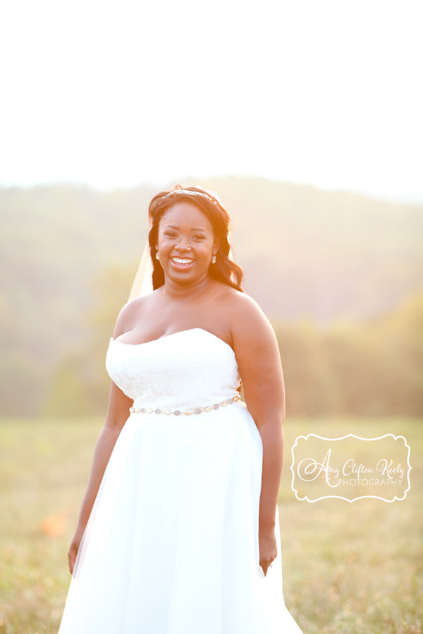 Bridal_Portrait_Lindsey_Plantation_Farm_Field_Barn_Mountains_Sunset_Amy_Clifton_Keely_Photography 17