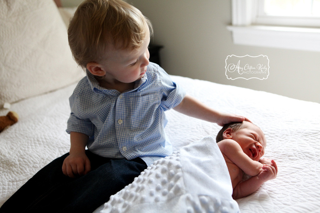 Newborn_Lifestyle_In_Home_Portrait_Beloved_Brothers_Greenville_SC_Amy_Clifton_Keely_Photography 03