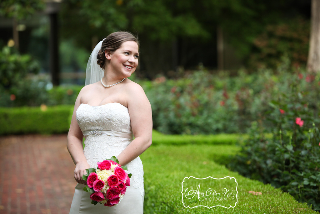 Furman_Bridal_Portrait_Greenville_SC_Outdoors_Twigs_Bouquet_Gazebo_Amy_Clifton_Keely_Photography 03