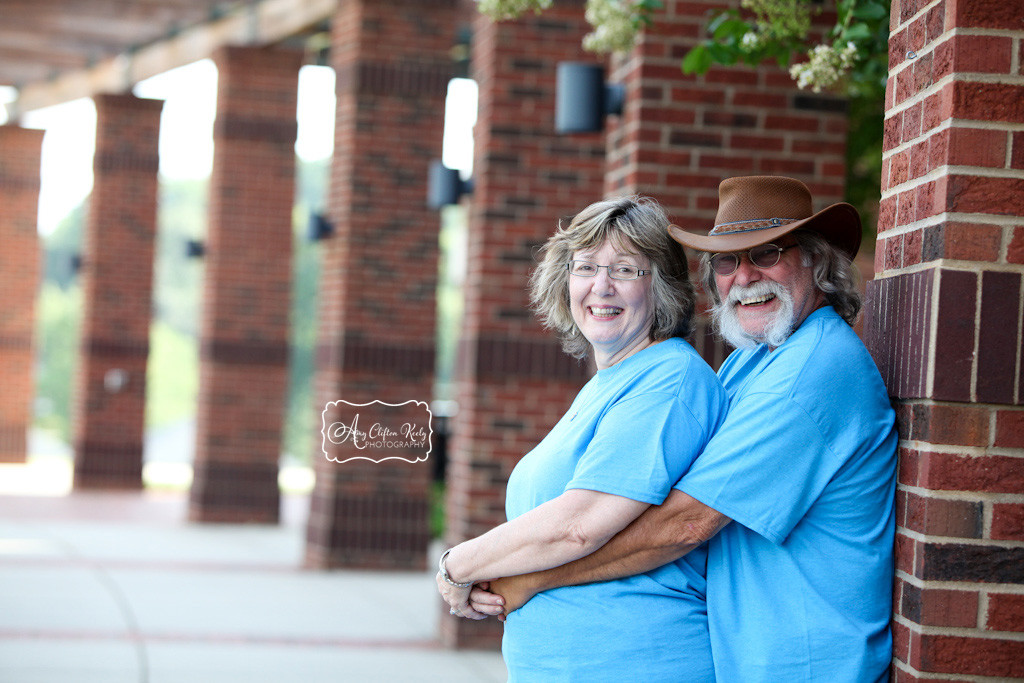 Dowtown_Greer_City_Hall_Extended_Family_Portraits_Amy_Clifton_Keely_Photography 10