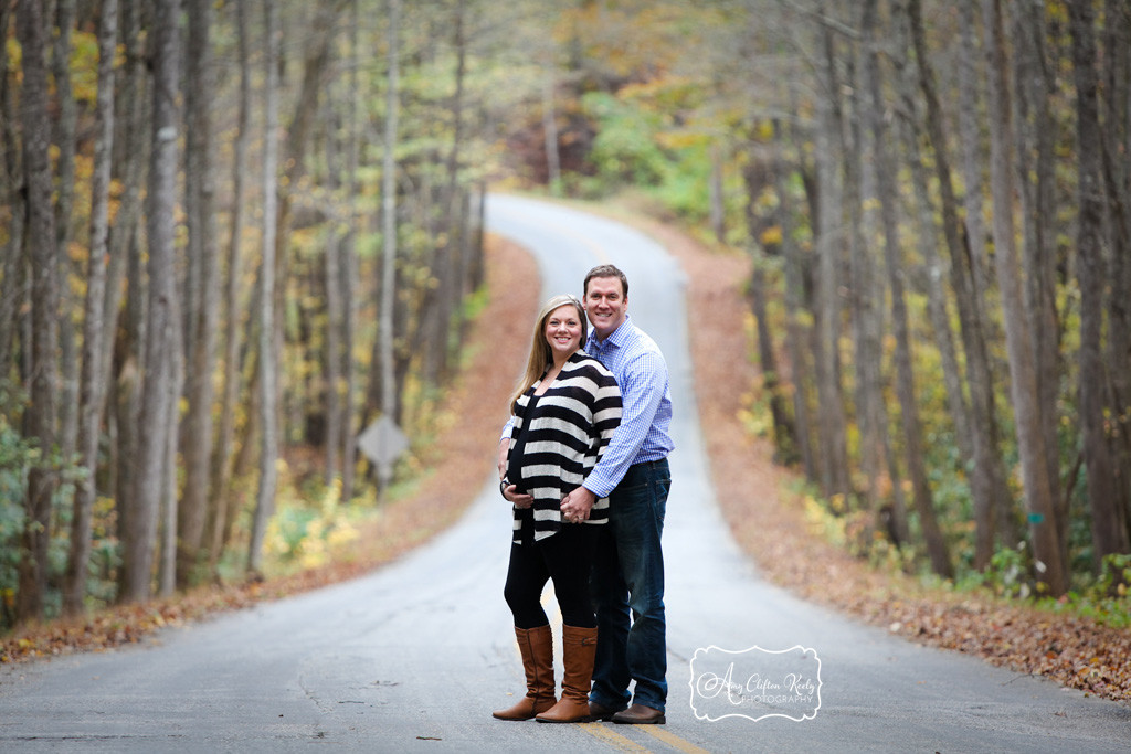 Maternity_Portraits_Poinsett_Bridge_Greenville_SC_Fall_Amy_Clifton_Keely_Photography 05